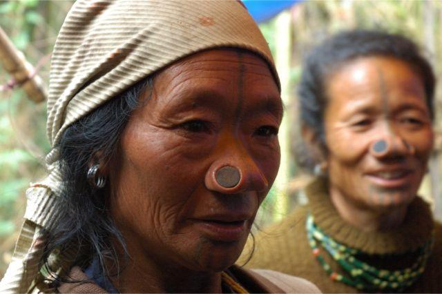 Piercing Asien Geschichte